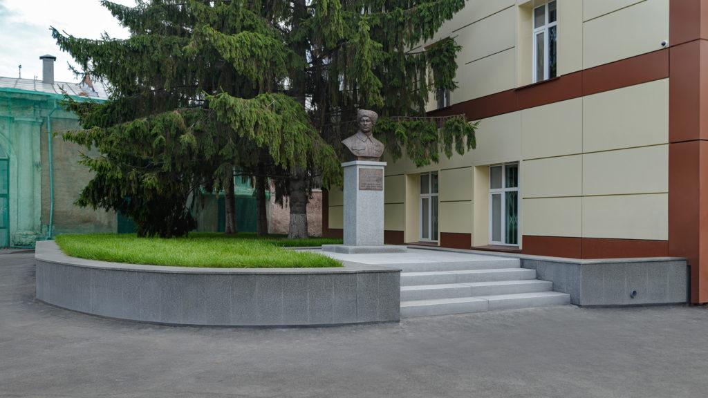 Памятник Щетинкину П.Е. г.Новосибирск